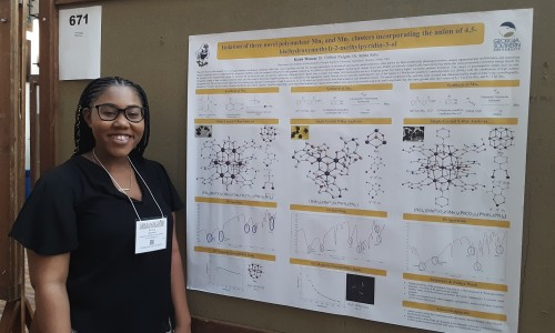 Chemistry student presenting her research at SERMACS 2019